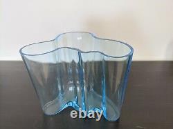 Alvar Aalto IITTALA 6 Savoy Vase light blue modern glass