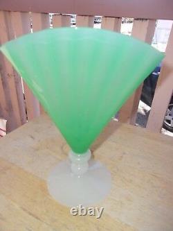 Antique Steuben #6287 Optic Rib Green Jade over Alabaster Fan Vase 8