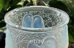 Authentic Signed R Lalique Ceylan Vase Opalescent Blue 1924 Model 905 Excellent
