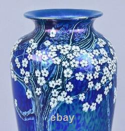 Beautiful Orient and Flume Early Large Art Glass Iridescent Vase Signed & Dated