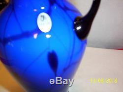 Fenton 10 HANGING HEARTS Cobalt Blue Handled Vase by Dave Fetty