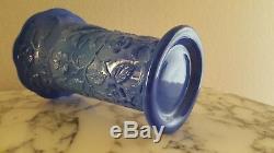 Fenton Periwinkle Blue 1930's Peacock Vase