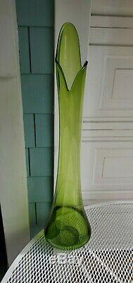 HUGE & RARE Vtg Midcentury LE SMITH Swung GLASS Stretch Floor Vase GREEN 34x9