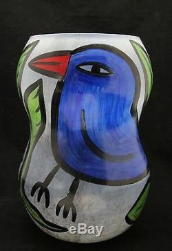 Kosta Boda glass art vase Birdy, design Ulrica Hydman Vallien, Sweden 35cm 13.8