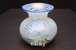 LUNDBERG STUDIOS Art Glass VASE IRIDESCENT Blue White swirls BEAUTIFUL signed