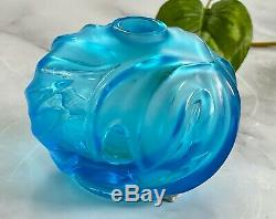 Lalique Soliflore Vase in Turquoise French Crystal New and Unused Condition