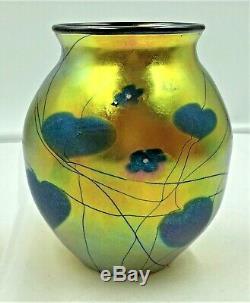 Lundberg Studio Hearts & Vines Art Glass Vase- Blue Hearts On Gold-signed 1981