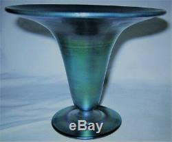 Mint Antique Steuben Blue Aurene # 3070 USA Art Glass Flower Garden Urn Vase