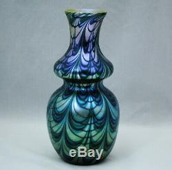 Orient & Flume Green Gold & Blue Pulled Loop Art Glass 9.25 inch Vase 1978