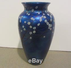 Orient & and Flume Art Glass Vase 10 Flowers Hawthorne Blue Iridescent Box