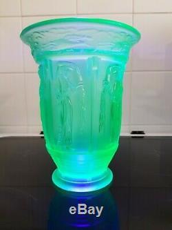 Rare art deco French Blue Uranium Glass Grecian vase a very nice piece
