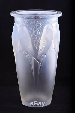 Rene Lalique France Opalescent Ceylan Vase Model 905 Circa 1924