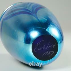 Robert Eickholt 1987 Iridescent Blue Art Glass Vase Hand Blown & Signed, 5.75
