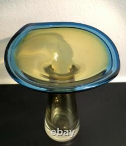 Signed VICKE LINDSTRAND KOSTA BODA SWEDEN Glass Art Vase Hand Blown Yellow Blue