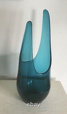 VTG Mid Century Modern Teal/aqua blue VIking Art Glass Vase 14