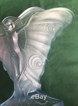 Walther & Sohne Schmetterling Vase Art Deco Lady Butterfly Vase Blue Satin 1930s